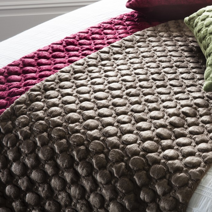 Cappucine Quilted Runner Gold