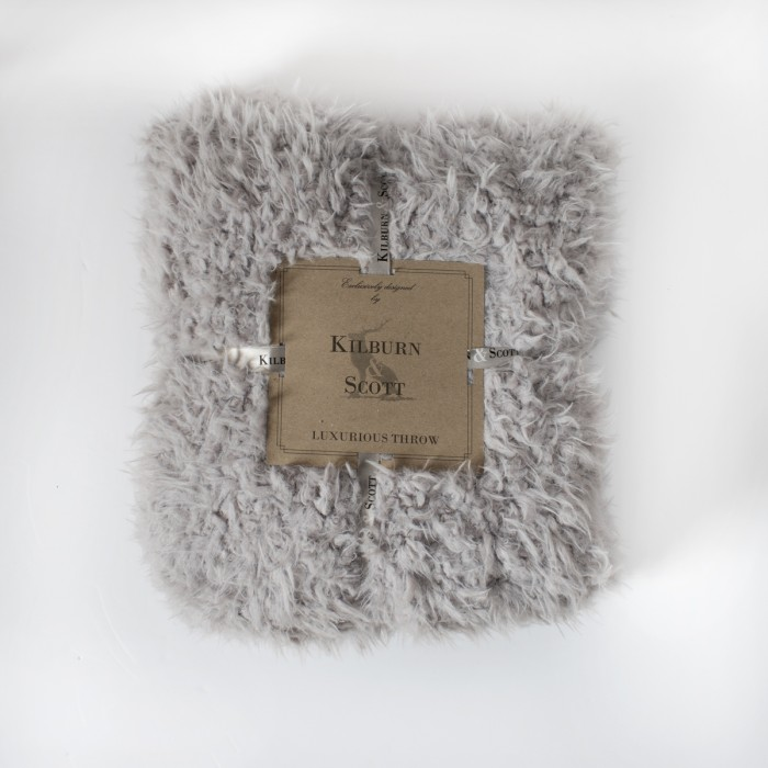 Lined Sherpa Throw Grey