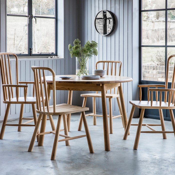 Wycombe Round Extending Table