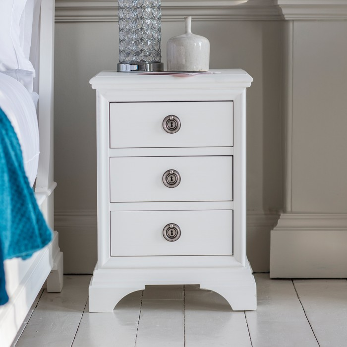 Aurelia 3 Drawer Bedside Table Chalk