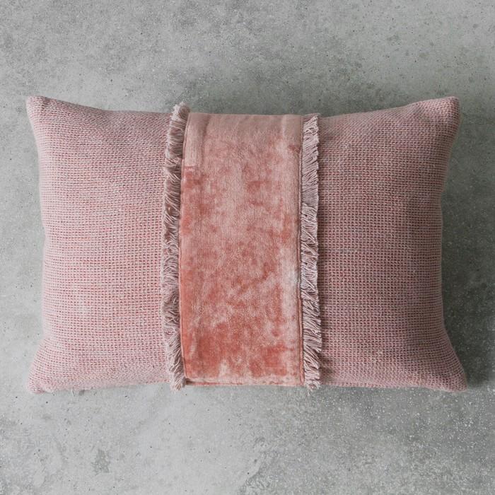 Ariel Dusky Blush Cushion